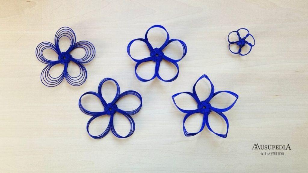 「組む」と「折りたたむ」花の結びは似ているが構造が違う